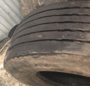 Ремонт шин грузовых автомобилей - фото завода ReNova
